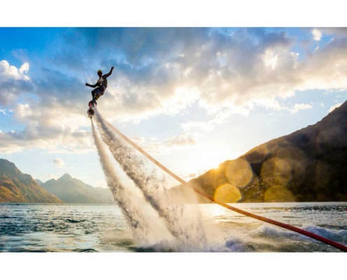 ورزش های آبی- Flyboarding